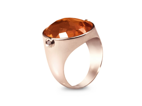 Yellow gold ring with diamonds and madera citrine quartz_marco meletti_jewelry maker_cora collection